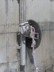 ניסור בטון למתקן הולכת גז